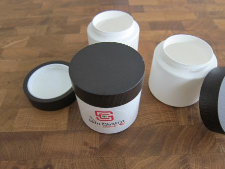 Cream jar with wooden cap